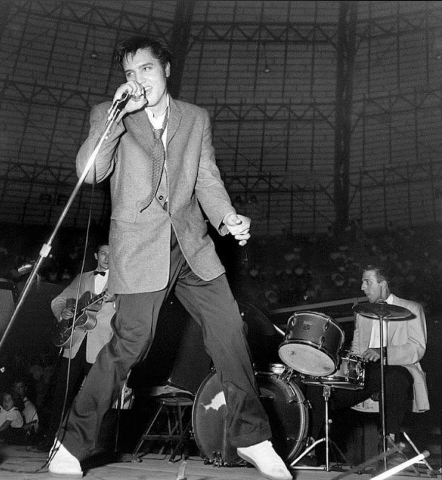 ELVIS – October 1956