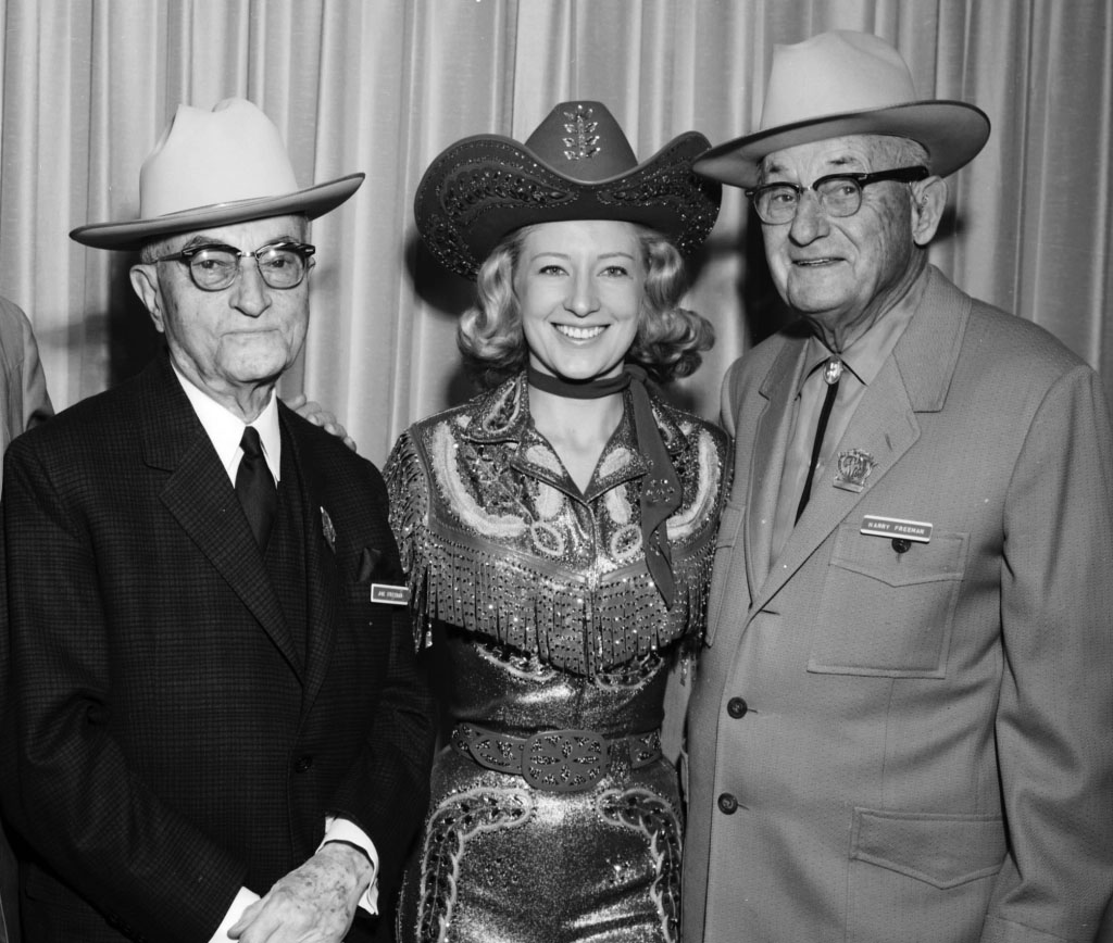 Judy Lynn with Joe and Harry Freeman – February 1965